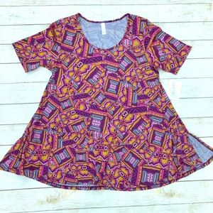 🌻 2 for $10 NWT LulaRoe Perfect T Size M